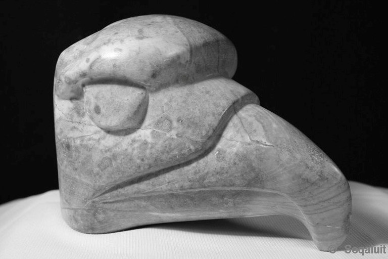 eagle-head-carving