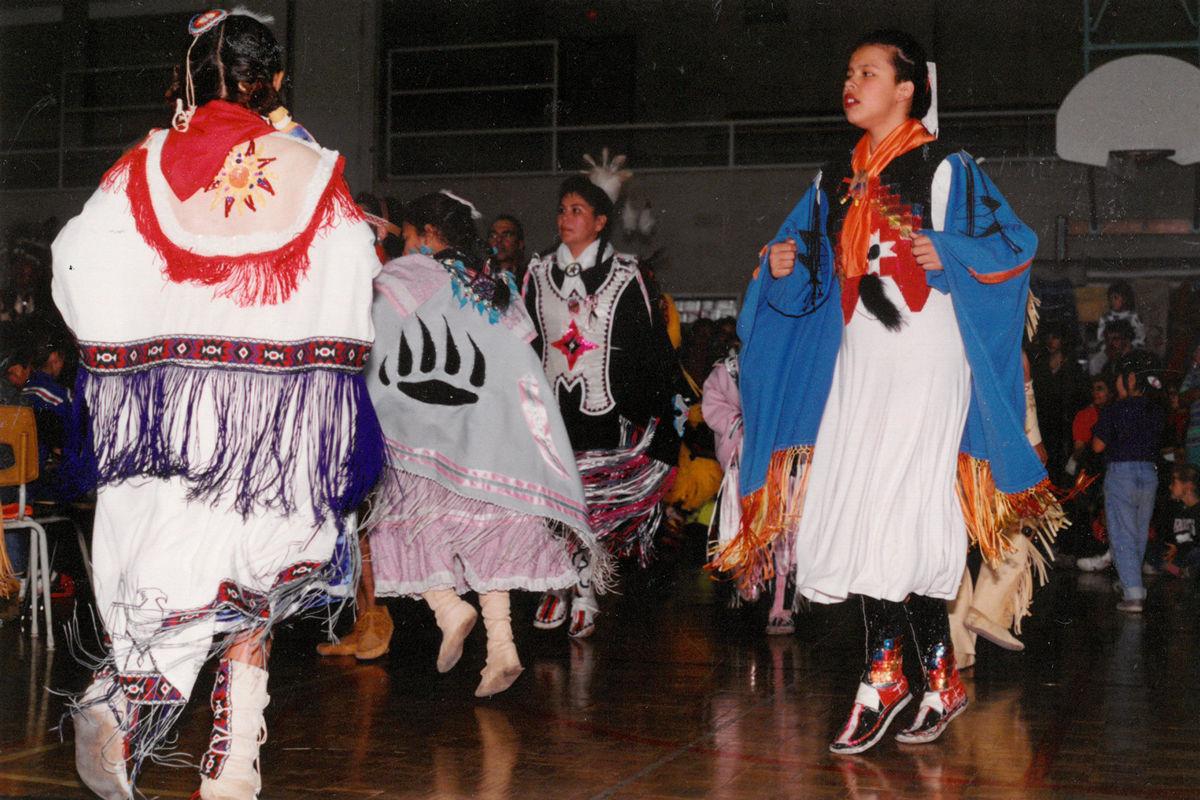 pow-wow-dancers-5